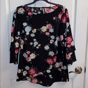 Women's Blouse.  NWT